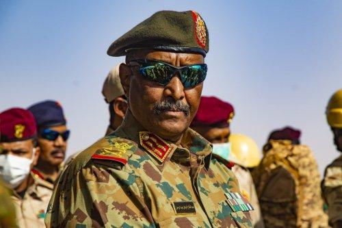 Chairman of the Sovereignty Council of Sudan, Gen. Abdel Fattah Abdelrahman al-Burhan and Deputy Chairman of the Sovereignty Council, Mohamed Hamdan Dagalo in Khartoum, Sudan on September 22, 2021 [Mahmoud Hjaj/Anadolu Agency]