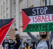 Israel practices apartheid, say US academics