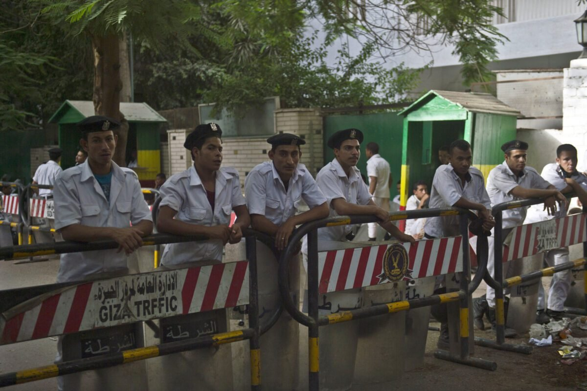 Egyptian policemen stand guard outside the Ethiopian embassy on June 2, 2013 in Cairo [KHALED DESOUKI/AFP via Getty Images]