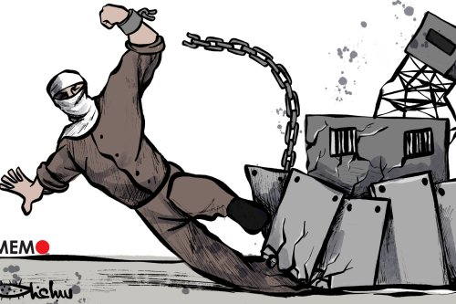 Palestinian prisoners escape from high-security prison - Cartoon [Sabaaneh/Middle East Monitor]