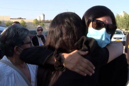 Thumbnail - Released, Palestinian Khalida Jarrar visits her daughter's grave
