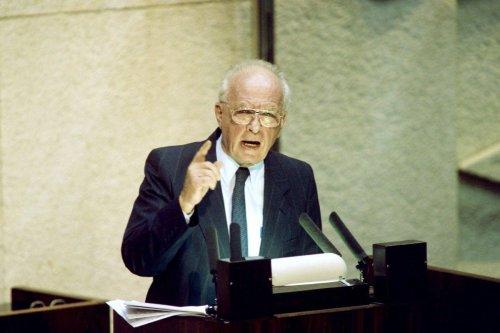Israeli Prime Minister Yitzhak Rabin adresses the Knesset on 3 October 1994 [MENAHEM KAHANA/AFP/Getty Images]
