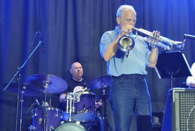 John Yarling, Bobby Lewis