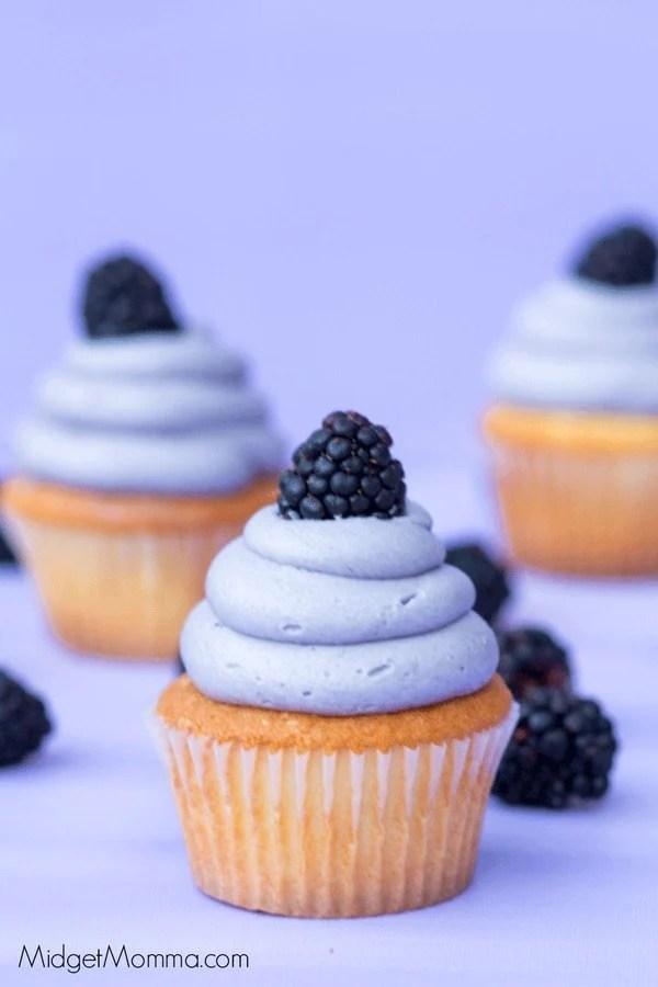 Blackberry Cupcakes Made With Fresh Blackberries Midgetmomma