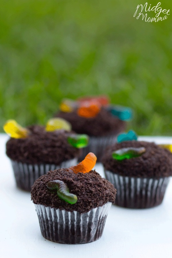 Fun For The Kids Cup Of Dirt Cupcakes Midgetmomma