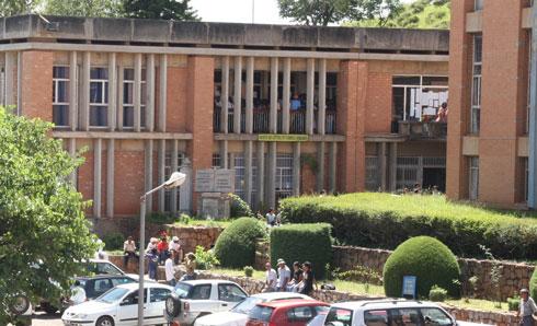 Universités – examens et concours d'entrée : Beaucoup d'appelés mais peu d'élus