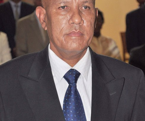 Reboza Julien – Florent Rakotoarisoa: Deux ministres par intérim discutables