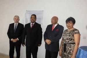Les autorités lors de l'inauguration des nouveaux locaux de l'ITBM.