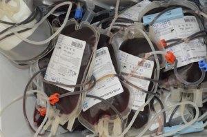 Un don de sang pour le maximum de poches de sang est vital pour d'autres.