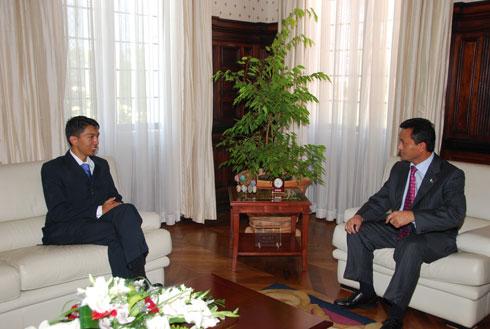 Rajoelina – Ravalomanana: Guerre de photos en décembre