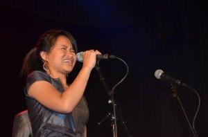 Dina a été égale à elle-même lors de ce concert de GMMC. (Photo : Kelly)