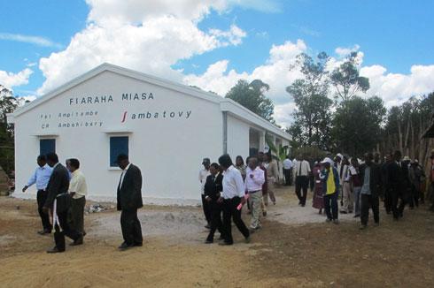 Ambatovy : Construction d'infrastructures pour la communauté d'Ampitambe