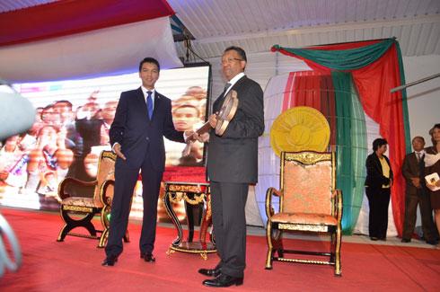 Passation de pouvoir entre Andry et Hery : La clef de Madagascar change de main