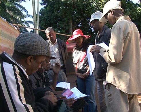 Vatovavy Fitovinany : Les paysans veulent cotiser pour leurs retraites