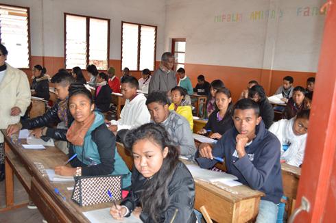 Baccalauréat : Plusieurs surveillants absents de leurs postes