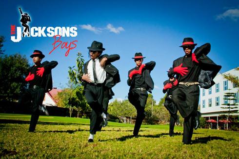 Jacksons Boys – Une « flash mob » pour débuter la célébration du 5e anniversaire du « king of pop »
