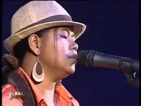 Cabaret : Du « folk and blues » avec Fara Gloum et Andry