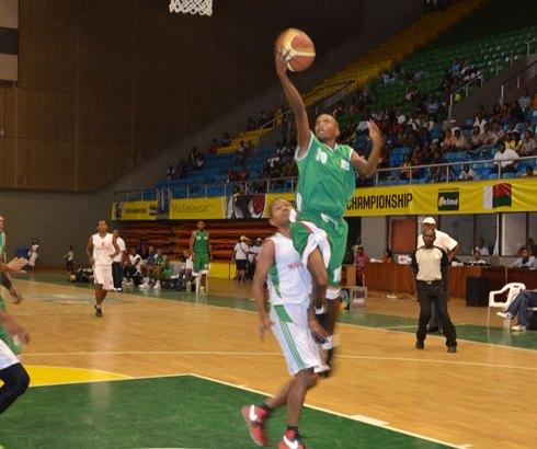 Basket-ball – Matches de défi : La JCSA et le Crocodile triomphent !