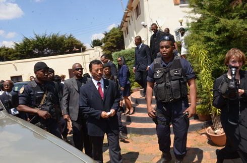 Amirauté d'Antsiranana : Ravalo fait venir son médecin personnel