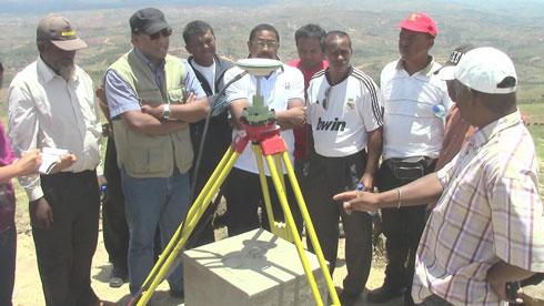 Cartographie : Une borne géodésique d'ordre zéro dans la région Itasy