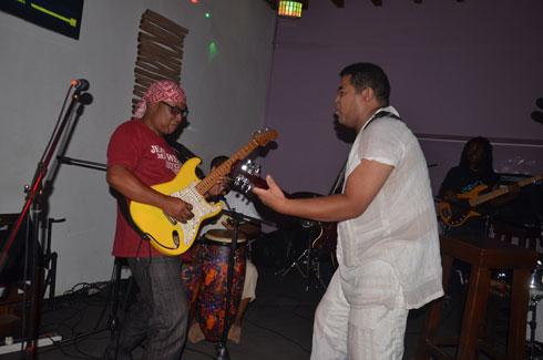 Vendredi joli : Au rythme de la chanson à texte de Samoela et du rock de Silo !