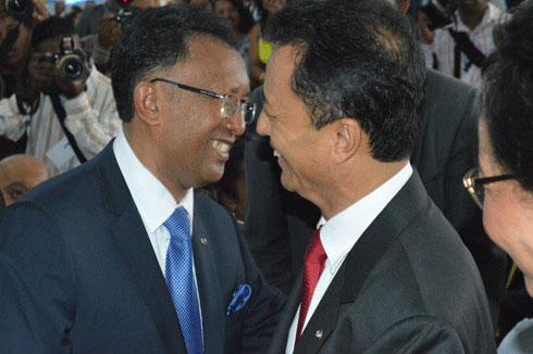 Surenchère à Tsimbazaza : Ravalomanana veut plus de ministères et la réouverture de Tiko