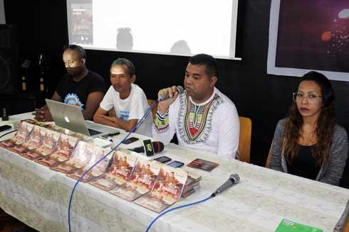 Samoela : « Radio n'ambanivolo » dans les bacs !