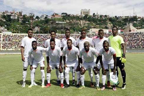 Football – Analamanga : Elgeco solide au poste de leader !