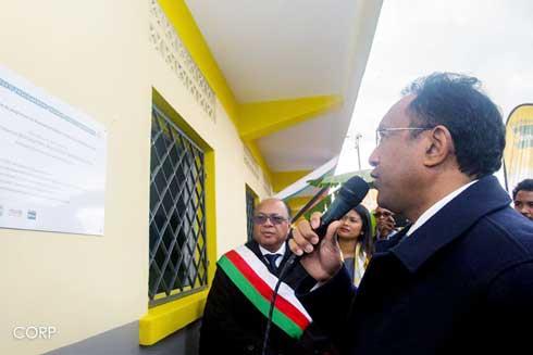 Hery Rajaonarimampianina : Inauguration du CEG et du marché de Sabotsy-Namehana, hier