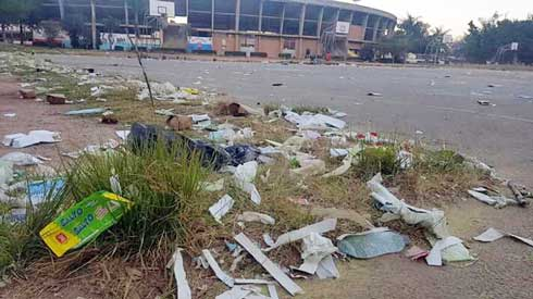 Stade annexe Mahamasina : Les ordures laissées après « Loko race » pointées du doigt