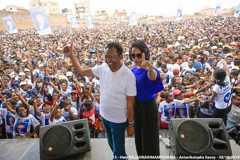 Hery Rajaonarimampianina : Démarrage en fanfare d'une campagne prometteuse