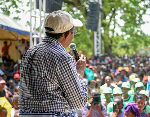 Hery Rajaonarimampianina : Une démission pour une concurrence saine