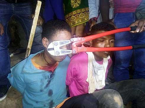 Mahamasina : Jiolahy roa voasambotra, nofatorana ho hitan'ny olona
