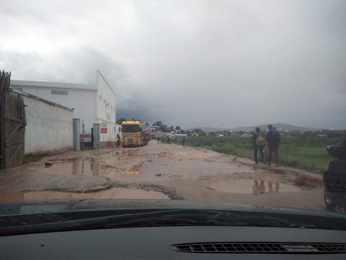 Andoharanofotsy : Un véhicule de livraison braqué, 81 millions d'ariary dérobés