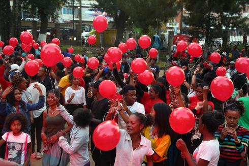 Airtel Madagascar : Lancement d'Airtel M'Lay, l'offre mobile la moins chère  sur le marché