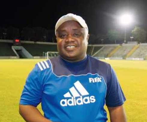 Titi Rasoanaivo, coach du Fosa Juniors