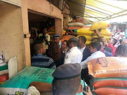 Commerce du riz : Des sanctions sévères vont tomber contre les profiteurs, une brigade mixte Commerce Police Gendarme sur terrain dès aujourd'hui
