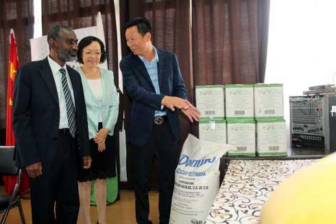 Lutte contre le covid-19 : L'ambassade de Chine équipe l'hôpital d'Anosiala