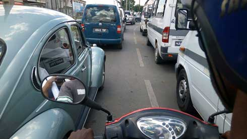 Transports Terrestres : Montée silencieuse des taxi-moto