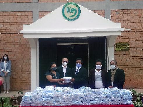 Coopération sino-malagasy : 10.000 masques de protection offerts à l'Université d'Antananarivo