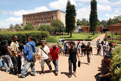 Ministre de l'Education nationale : Sa nomination est une urgence selon le SECES Tana