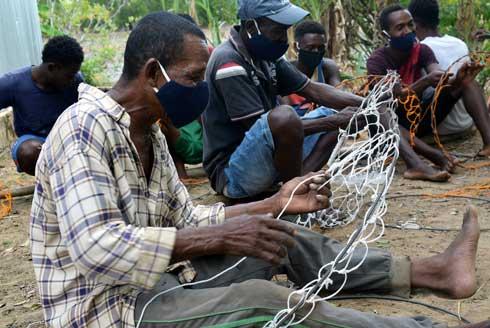 Projet SWIOFish 2 : Lancement d'une nouvelle technique de Pêche aux crabes à Ambilobe