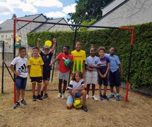 Football : Don du FC Nantes Académie à l'Association Akamasoa