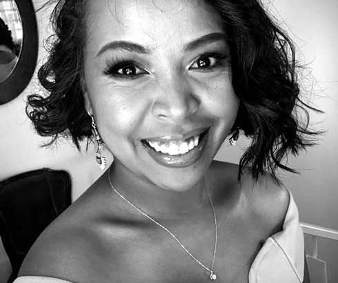 Photographie noir et blanc : Felana Rajaonarivelo met la lumière sur les femmes actives