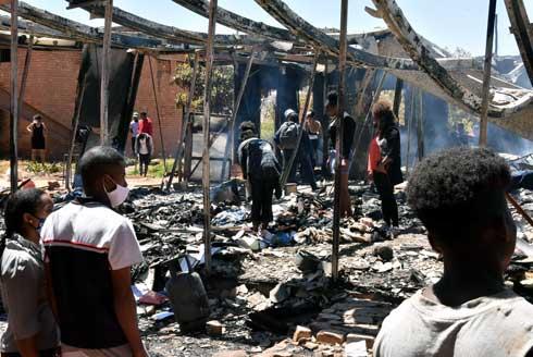 Incendie à Ankatso II : 70 sinistrés, pas de perte humaine, des dizaines de travaux de mémoire partie en fumée