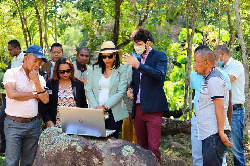 Cascade de Manatantely : Une ressource en eau menacée à cause des activités humaines
