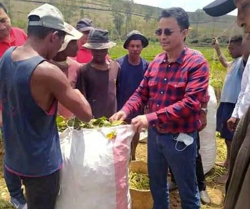 Au contact des paysans à Soavinandriana