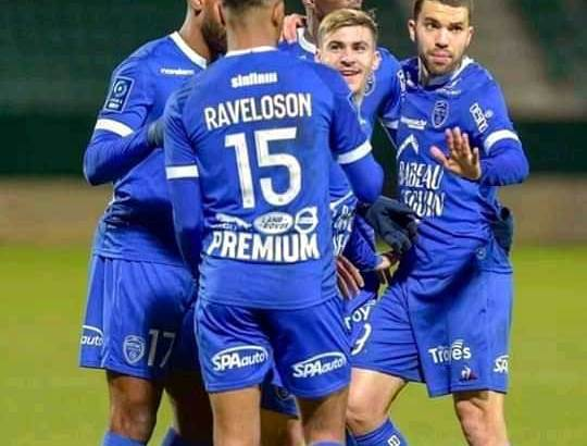 Ligue 2 :Rayan et Troyes leaders
