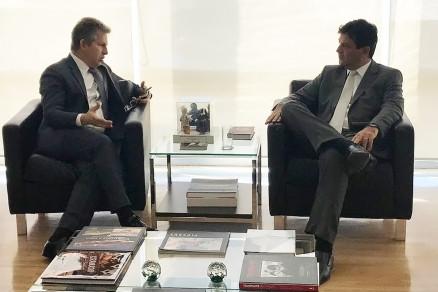 Mauro Mendes e Luiz Henrique Mandetta