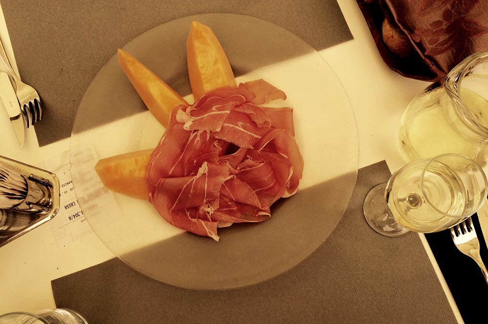 Verona-Italy-restaurant-midnightblueelephant